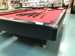 preowned 9u2032 amf playmaster table